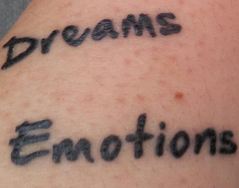 Wie lange bleibt das so? | Tattoo-Bewertung.de