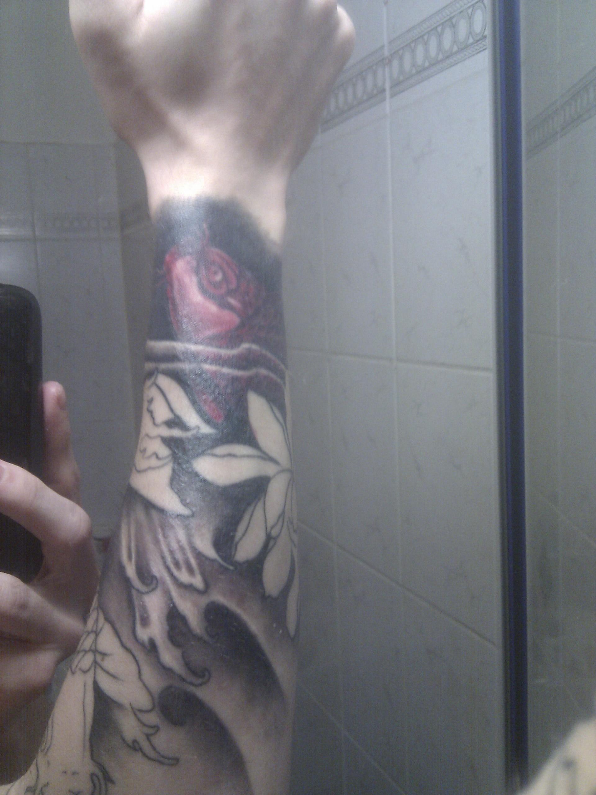 Haut bekommt kleine Blasen | Tattoo-Bewertung.de - Tattoo Pflege Bepanthen