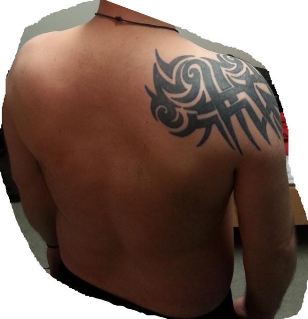 tribal auf schulter erweitern ndern tattoo. Black Bedroom Furniture Sets. Home Design Ideas