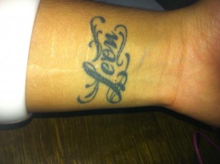 pin kindernamen tattoos das tattoo studio leverkusen bei k ln on pinterest. Black Bedroom Furniture Sets. Home Design Ideas