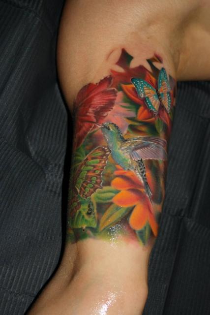 kolibri-Tattoo: Kolibri / Fantasy-Arm /tätowiert vonTibor Szalai/Tibi