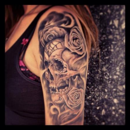 tattoos zum stichwort totenkopf tattoo lass deine tattoos bewerten. Black Bedroom Furniture Sets. Home Design Ideas