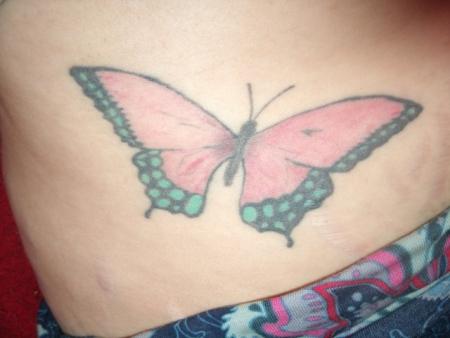 Schmetterling Bauch Seite trotz Schwangerschaftsstreifen MEINUNGEN GEFRAGT:(