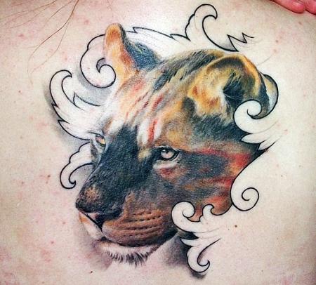 Liones inside No. II