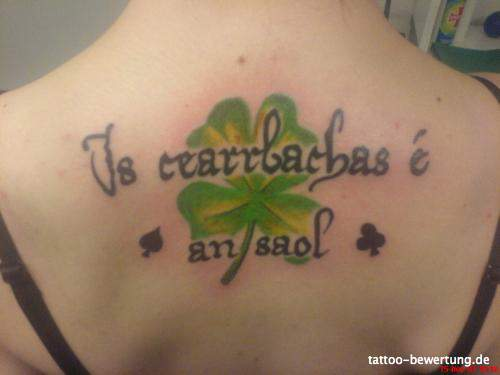 kleeblatt-Tattoo: 954