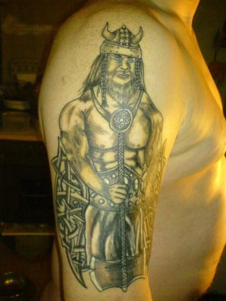 thor tattoos keltisch oberarm tattoos von tattoo. Black Bedroom Furniture Sets. Home Design Ideas