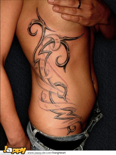 tattoo körperseite frau sexfilm