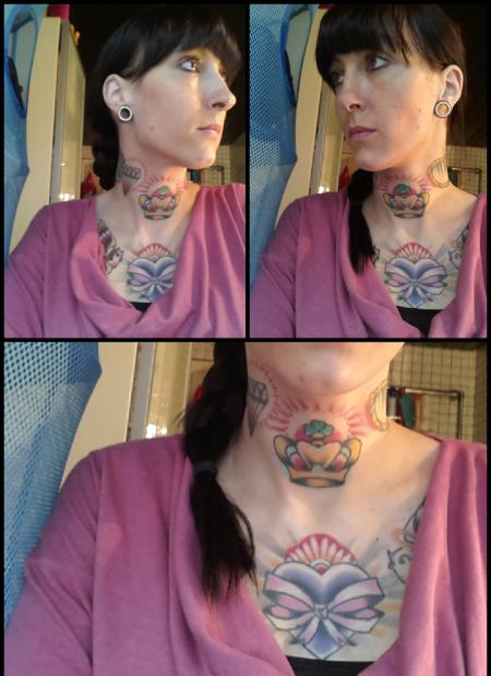 muffin-Tattoo: eimfache Krone mit klee