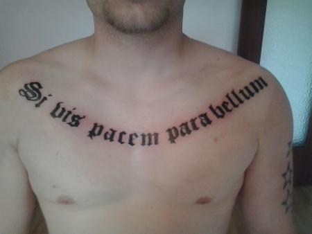 beste text und schrift tattoos tattoo lass deine tattoos bewerten. Black Bedroom Furniture Sets. Home Design Ideas