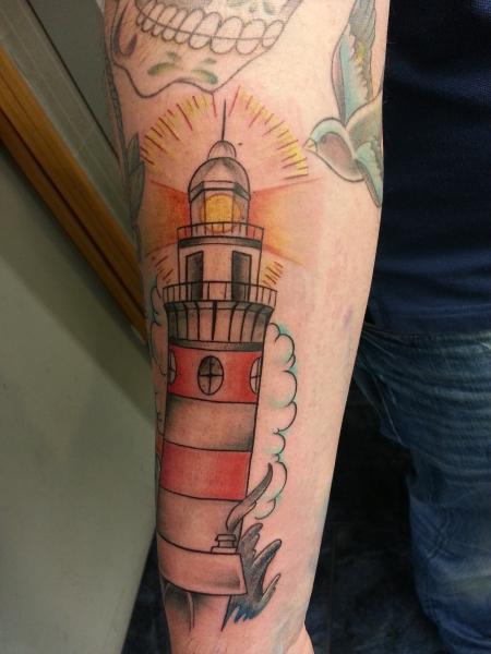 Leuchtturm und Steuerrad 3
