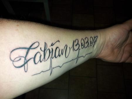 Mic78 Mein Erstes Tattoo Unterarm Tattoos Von Tattoo Bewertungde