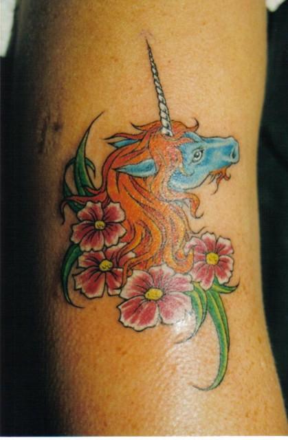 einhorn-Tattoo: Das Leben ist kein Ponyhof