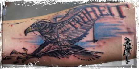 adler-Tattoo: Niemand ist frei, der über sich selbst nicht Herr ist.   Matthias Claudius