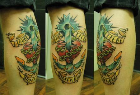 glaube liebe hoffnung-Tattoo: liebe glaube hoffnung im stilbruch stil