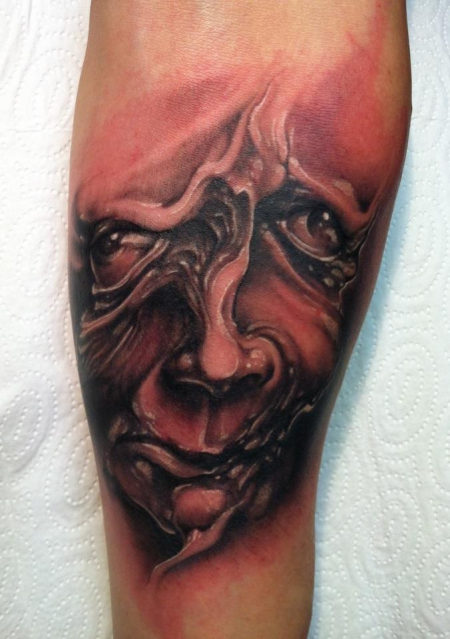 stechwerk wuppertal-Tattoo: Fratzige Fratze