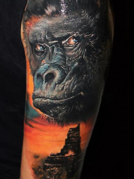 Gorilla & Tempel