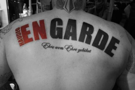 """Brandneue Haudegen Album """" EN Garde """" auf dem Rücken von Sven Gillert (Bandmitglied)"""