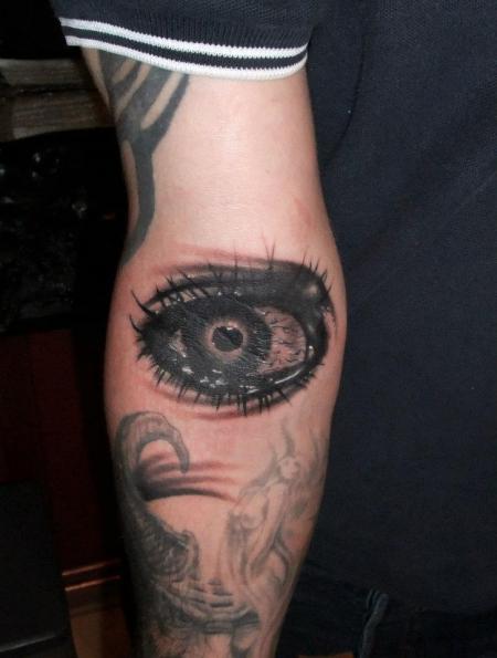 top weinendes auge fotos images for pinterest tattoos. Black Bedroom Furniture Sets. Home Design Ideas