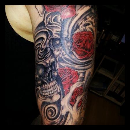 zeislmc totenkopf sleeve tattoos von tattoo. Black Bedroom Furniture Sets. Home Design Ideas