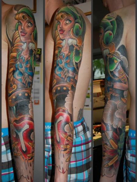 stilbruch t tow thema geile soldatin tattoos von tattoo. Black Bedroom Furniture Sets. Home Design Ideas