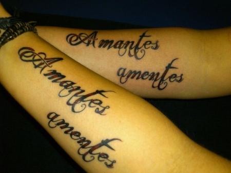 carpe diem-Tattoo: Liebende sind Verrückte