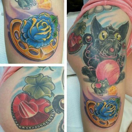 katze-Tattoo: Hufeisen,Katze& ein Diamantenherz