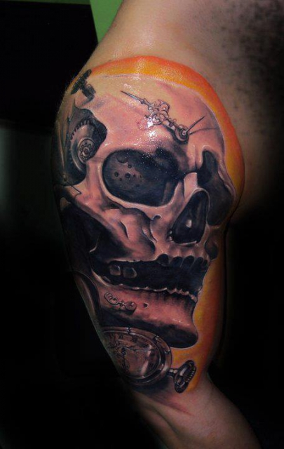 uhren-Tattoo: Skull