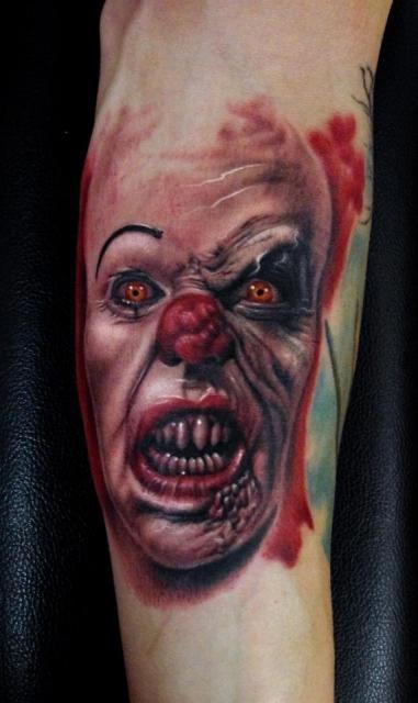 Clown ES