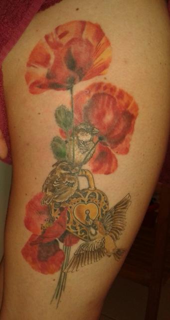 schloss-Tattoo: Für mein Profil!  Könnt ihr bewerten, müsst aber nicht!