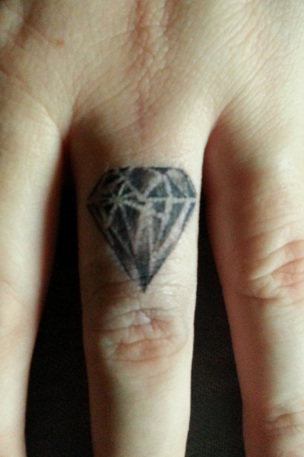 diamant als tattoos. Black Bedroom Furniture Sets. Home Design Ideas