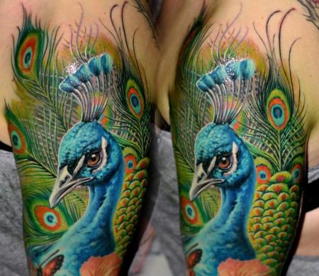 pfau-Tattoo: ...