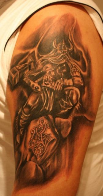 Thor, mein erstes Tattoo