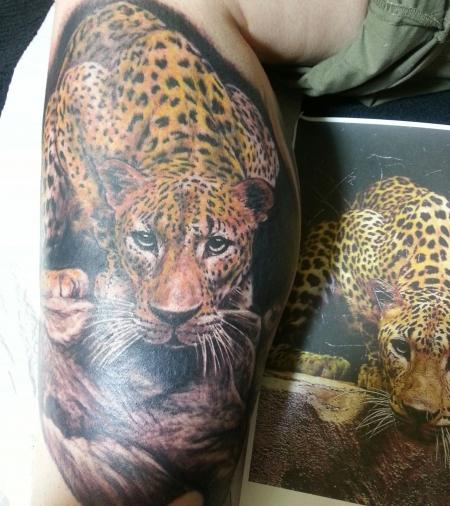 lilie-Tattoo: leo