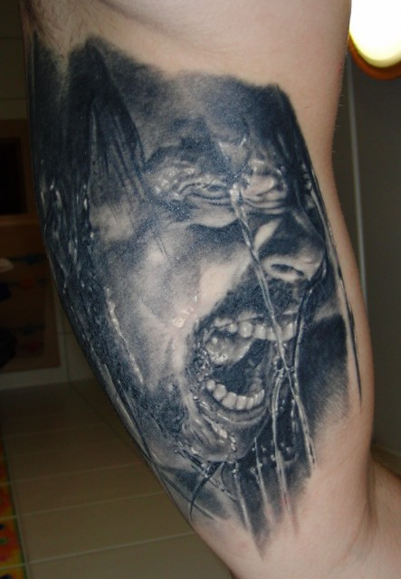 wasser-Tattoo: Screaming Hetfield
