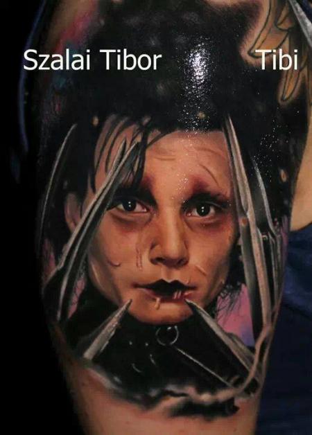 Edward mit den Scherenhänden... by Tibor Szalai