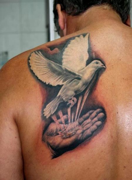 taube-Tattoo: !?!