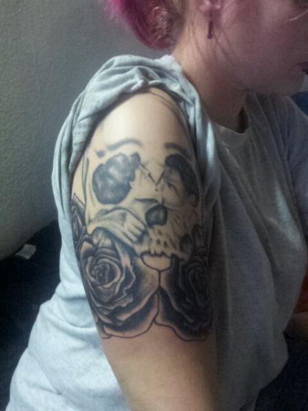 Optische Täuschung Tattoo : aponi83 optische t uschung tattoos von tattoo ~ Buech-reservation.com Haus und Dekorationen