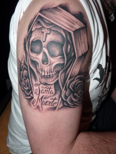 wiese90: Santa Muerte | Tattoos von Tattoo-Bewertung de