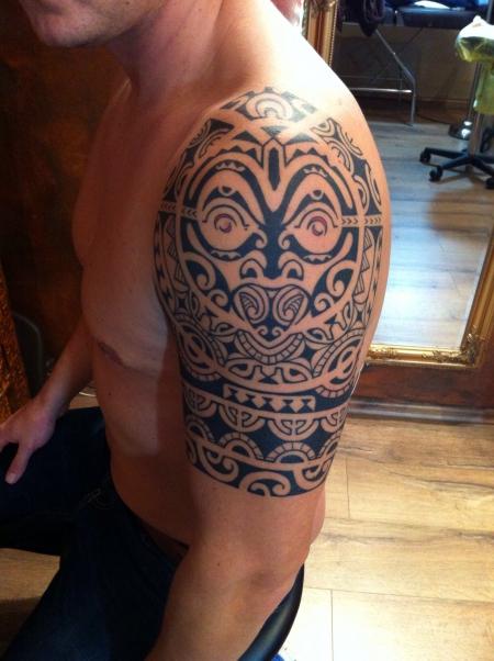 tattoos zum stichwort maori tattoo lass. Black Bedroom Furniture Sets. Home Design Ideas