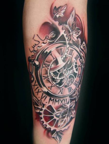 Fotos Tattoo Am Ellenbogen Innenseite Taschenuhr Mit Stern