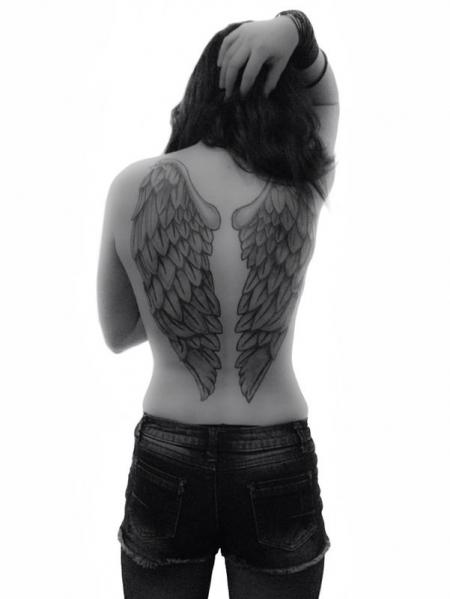 Angel wings black&white
