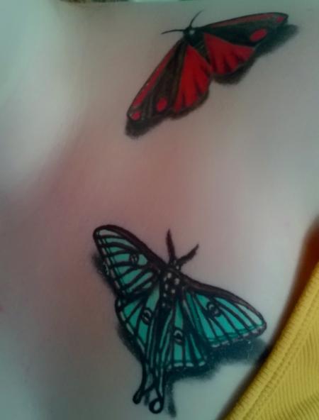 rica1991 schmetterlinge schl sselbein brust tattoos von tattoo. Black Bedroom Furniture Sets. Home Design Ideas