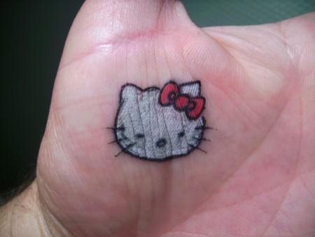 Hello Kitty - die pure Not drängte mich dazu.