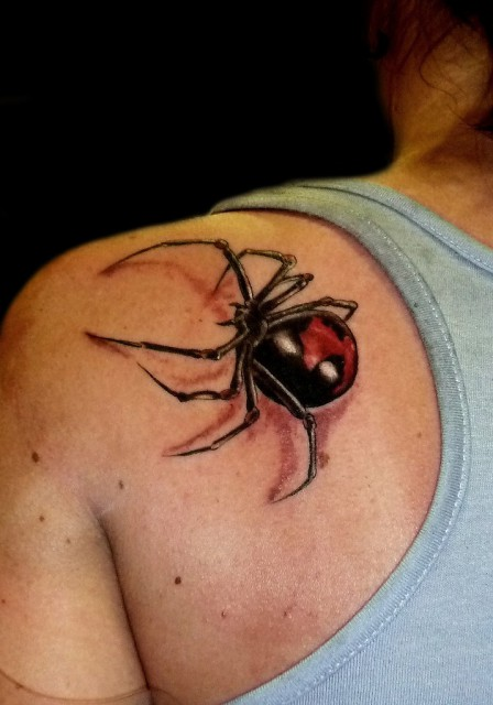 spinne-Tattoo: Black Widow
