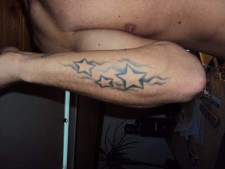 war mein 2 tattoo hat garnicht weh getan (versprochen) hahahahaha