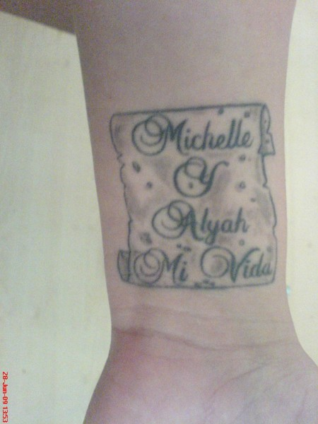 Latinamarina Handgelenk Namen Meiner Kinder Auf Spanisch Tattoos