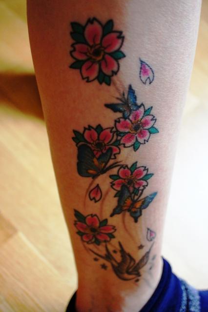 Blumen mit Schmetterlingen