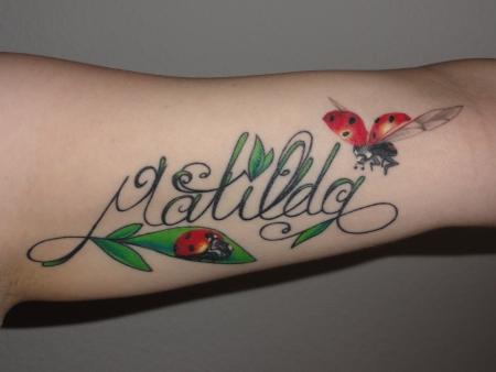 marienkäfer-Tattoo: Für meine Tochter