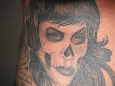 chris816 eine maske oder gesicht halt mal was anderes tattoos von tattoo. Black Bedroom Furniture Sets. Home Design Ideas