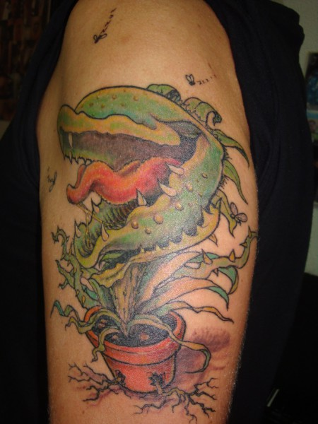 bluuup fleischfressende pflanze tattoos von tattoo. Black Bedroom Furniture Sets. Home Design Ideas
